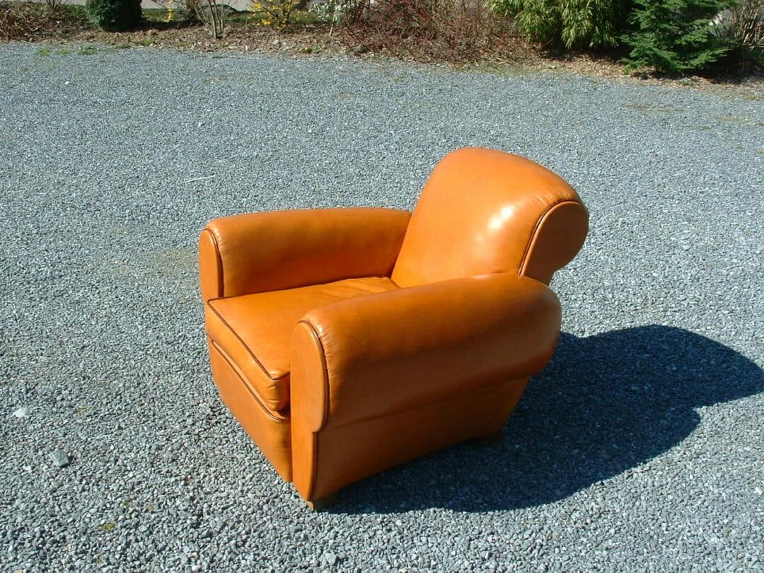 garnissage fauteuil club en cuir sellerie du mantois. Black Bedroom Furniture Sets. Home Design Ideas
